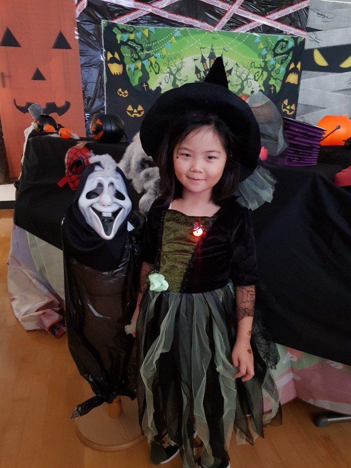 Halloween (16).jpg